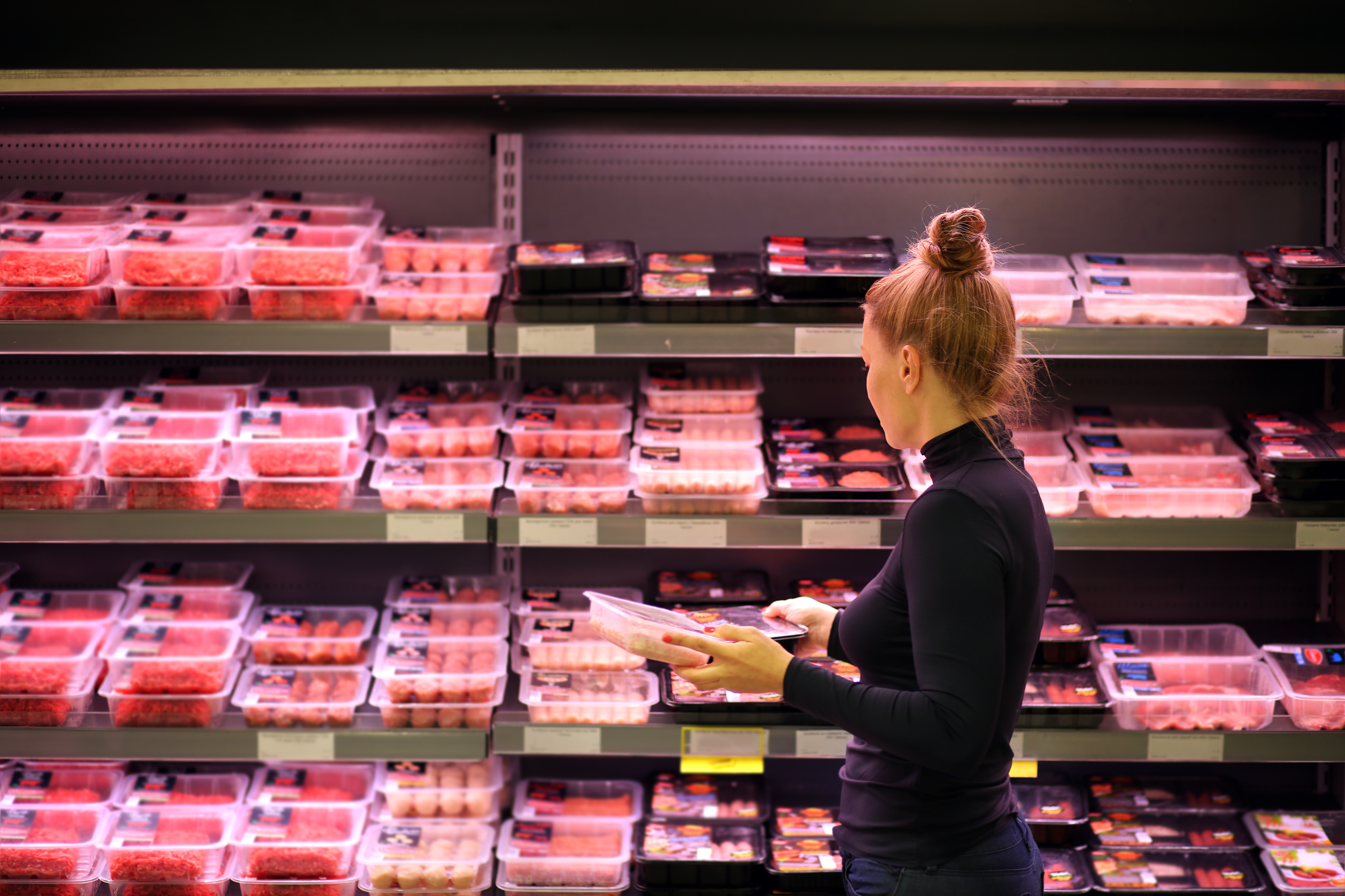 Meat products consumption trends linking Europe and America  – advantages of convenience products.